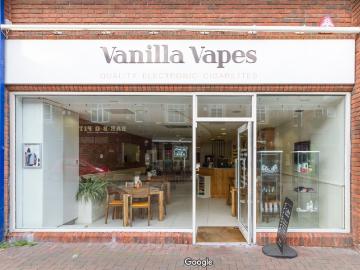 vanilla-vapes-outside.jpg